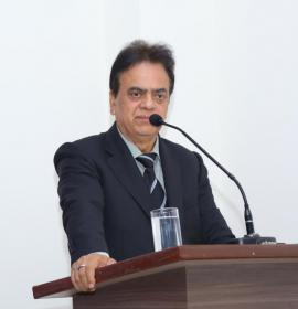 Shri J C Chaudhry Addressing Students